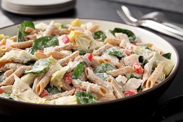 Salade de pâtes aux épinards et aux artichauts Image 1