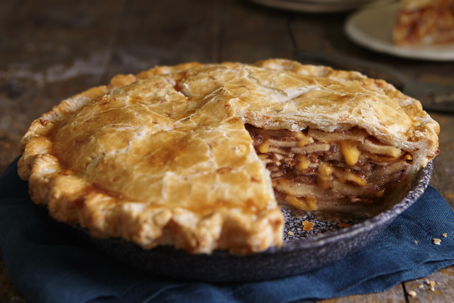 Cheddar Apple Pie Image 1