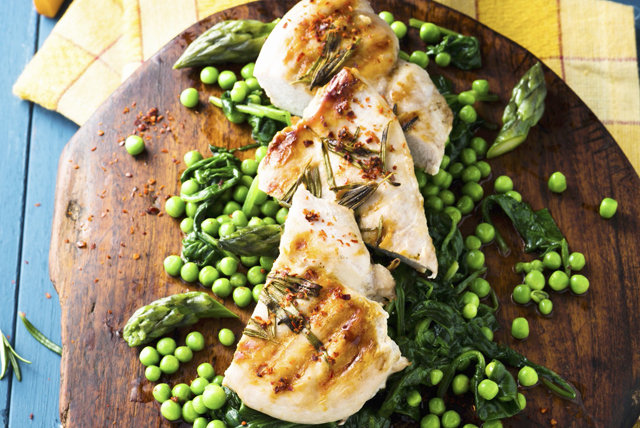 Grilled Chicken Breasts with Peas, Asparagus and Spinach Image 1