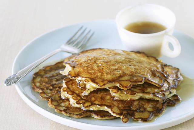Oatmeal-Cinnamon Pancakes Image 1