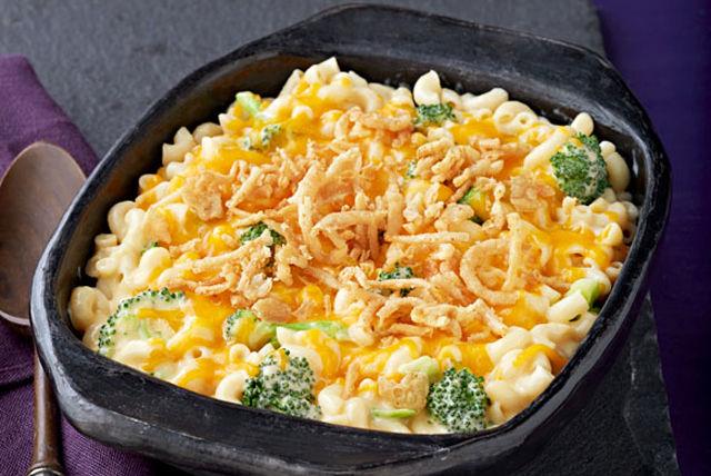 Macaroni au fromage et au brocoli