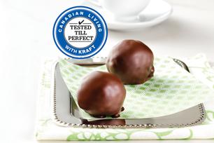 Chocolate-Covered Crispy Peanut Butter Snack Bites