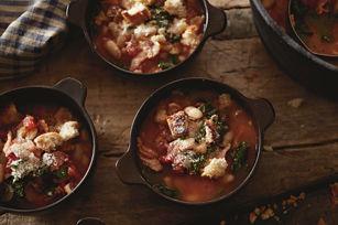 Soupe toscane rustique au chou frisé Image 1