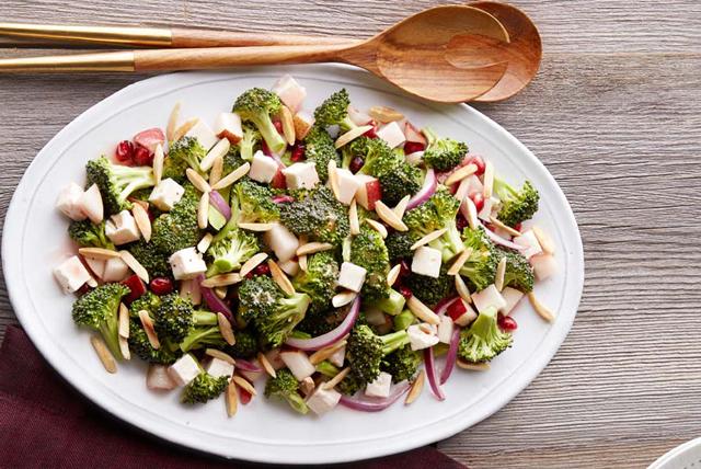 Salade de brocoli et de grenade Image 1