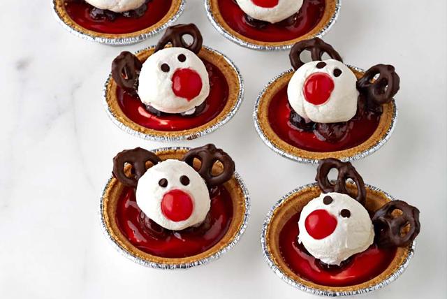 Tartelettes des rennes au gâteau au fromage et à la cerise Image 1