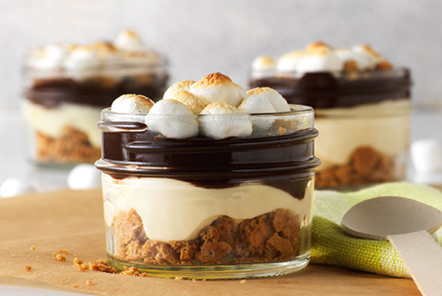 PHILADELPHIA No-Bake S'mores Parfaits Image 1