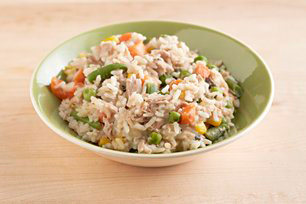 15-Minute Tuna and Rice Primavera Image 1