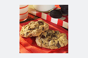 Super Chunk Oatmeal Cookies