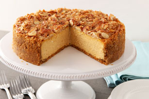 Almond-Crunch Pumpkin Cheesecake Image 1