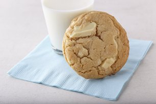 White Chocolate Chunk Cookies Image 1