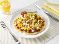 Bacon and Egg Flat Bread Pizza