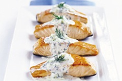Salmon in Cucumber-Dill Sauce