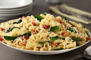 Campanelle with Spinach & Bacon Image 1