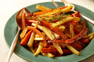 Cider-Roasted Carrots and Parsnips Image 1