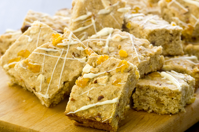 Apricot, Almond & Oat Bars