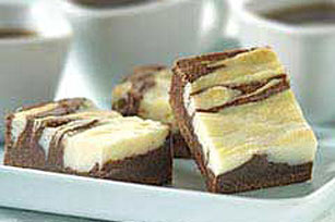 BAKER'S ONE BOWL Cream Cheese Brownies Image 1