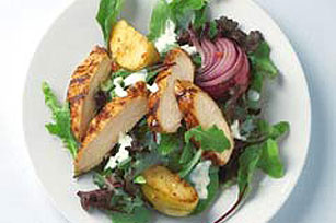 Ensalada de pollo con salsa BBQ y manzanas asadas Image 1
