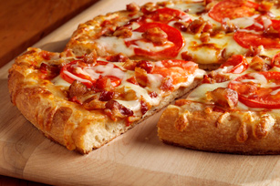 Bacon & Tomato Pizza Image 1