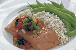 Salmón al horno con salsa de aceitunas negras Image 1
