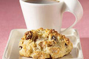 Banana-Raisin Scones Image 1
