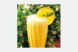 Banana-Yogurt Smoothie Image 1