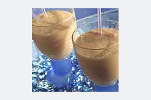 Banana-Yogurt Smoothie Image 1
