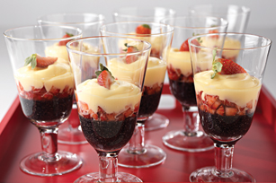 Black Sesame & Strawberry Pudding Image 1