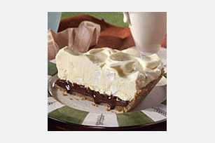 Black Bottom Mallow Pie Image 1
