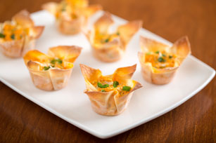 Buffalo Chicken Won Ton Cups