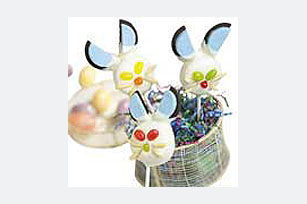 Bunny Cookie Pops Image 1
