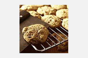 Carrot-Raisin Spice Cookies Image 1