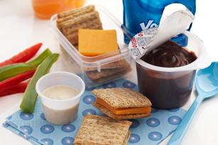 Cheese & Cracker Mini Sandwiches