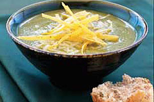 Cheesy Green Chili Soup Image 1