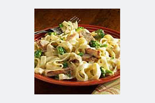 Chicken Broccoli Alfredo Image 1
