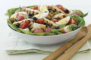 Chicken Nicoise Salad Image 1