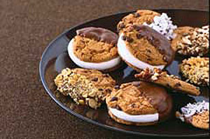 Chocolate-Dipped Chocolate Chip Cookies Image 1