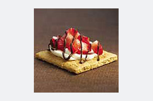 Chocolate-Cream Cheese Strawberry Snacks Image 1