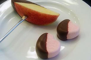 Chocolate Fondue Dip Image 1