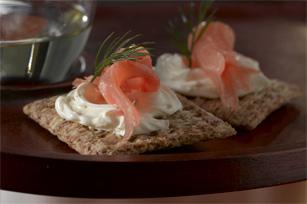 Clásicos bocadillos de salmón ahumado y eneldo Image 1