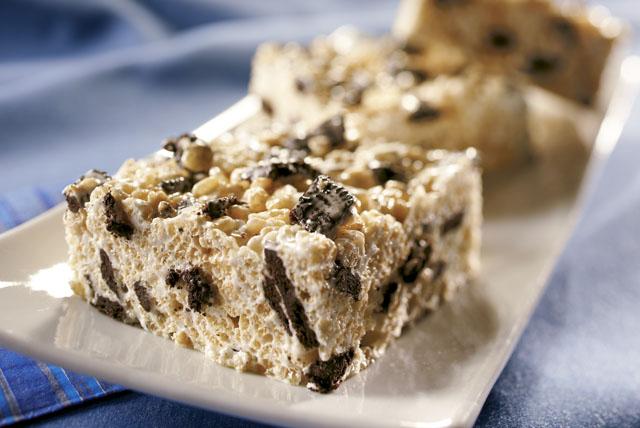 Cookies 'n Cream Crispy Treats