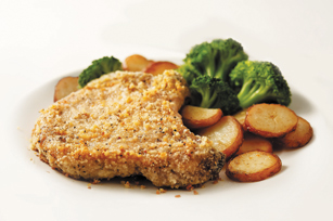 Cracked Black Pepper Roasted Pork Chops Image 1