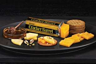 CRACKER BARREL Sharp Cheddar Pairing Tray Image 1