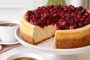 Cranberry-Glazed Cinnamon Cheesecake