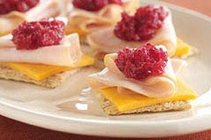 Cranberry-Cheddar Turkey Snacks