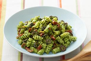 Creamy Pesto-Pasta Salad