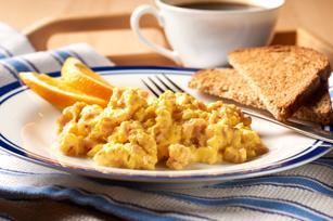 Creamy Scrambled Eggs & Ham Image 1