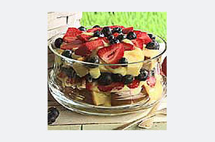 Creamy Fruit and Cake Layers
