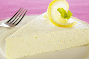 Creamy Lemon Cheesecake Image 1
