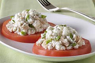 Creamy Tuna Salad with Tomatoes Image 1