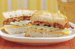 Sándwich otoñal de manzana y tocino Image 1